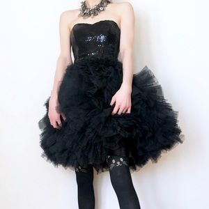 BETSEY JOHNSON Blk TALLULAH STRAPLESS Tulle DRESS
